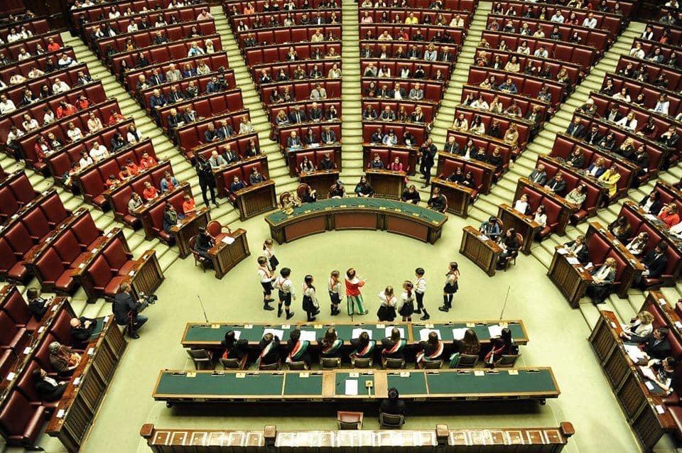 Processo a Pinocchio in scena al Parlamento per ricordare l'approvazione della Convenzione sui diritti dei bambini
