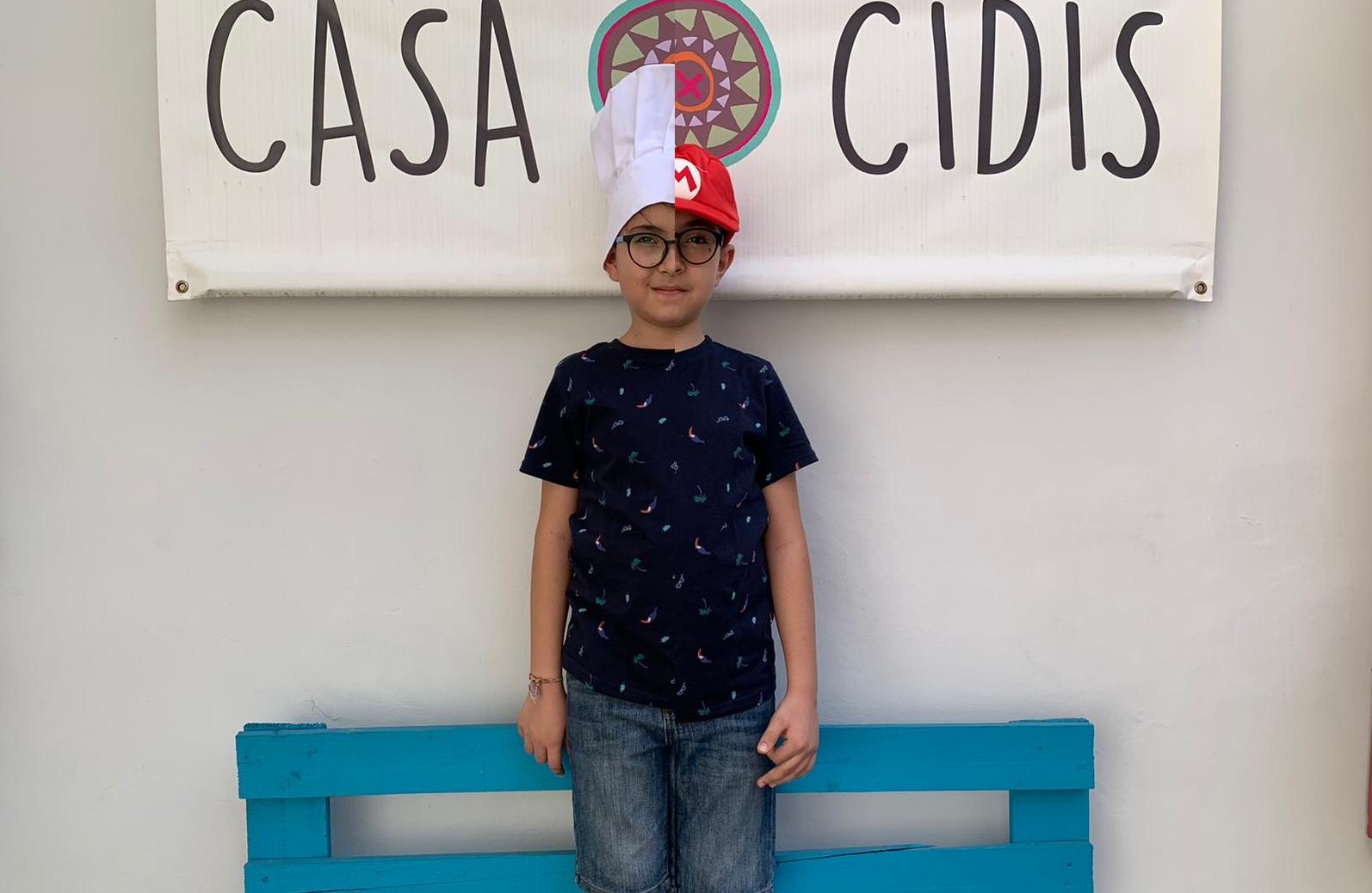 Anthony X: vita di un giovanissimo youtuber italo-messicano, tra cucina, origami e dad
