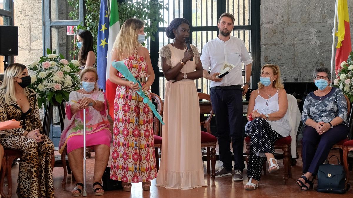 #Zeromimose: 20 donne partenopee premiate per l'impegno durante la pandemia